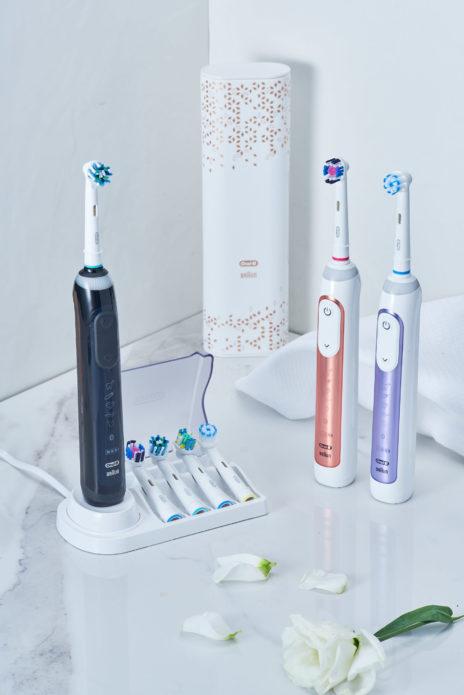 Tres cepillos de dientes